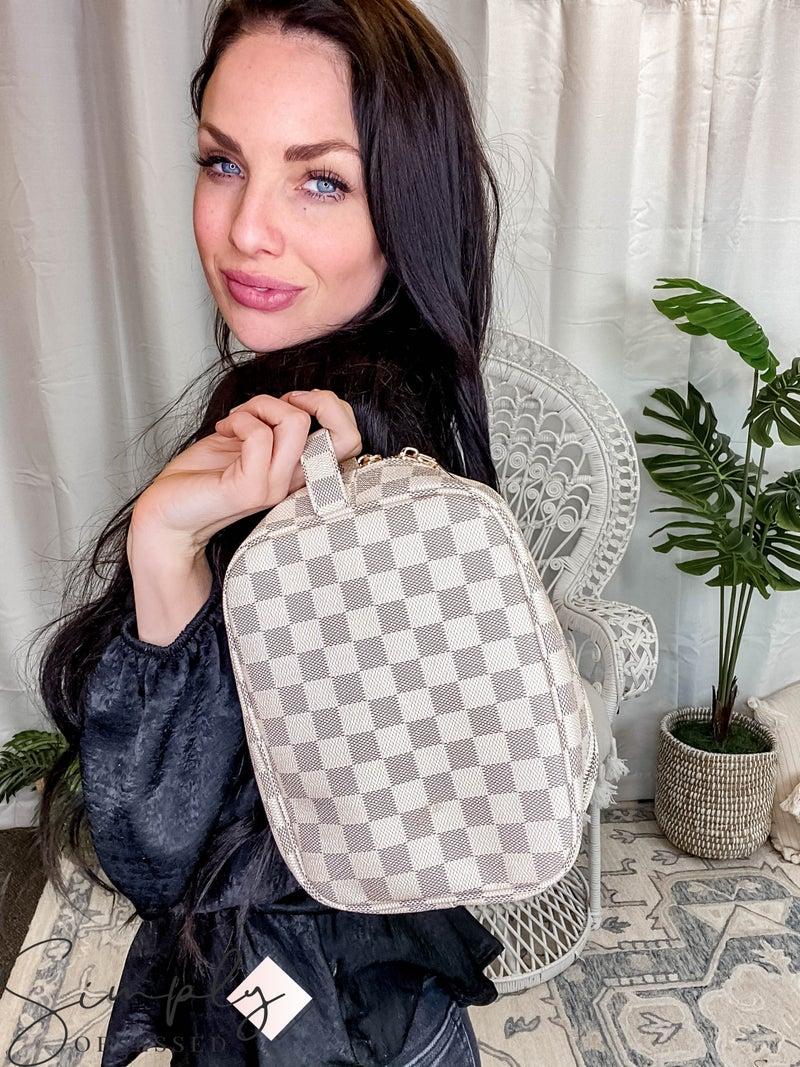 Dani & Em - Checkered cosmetics travel bag