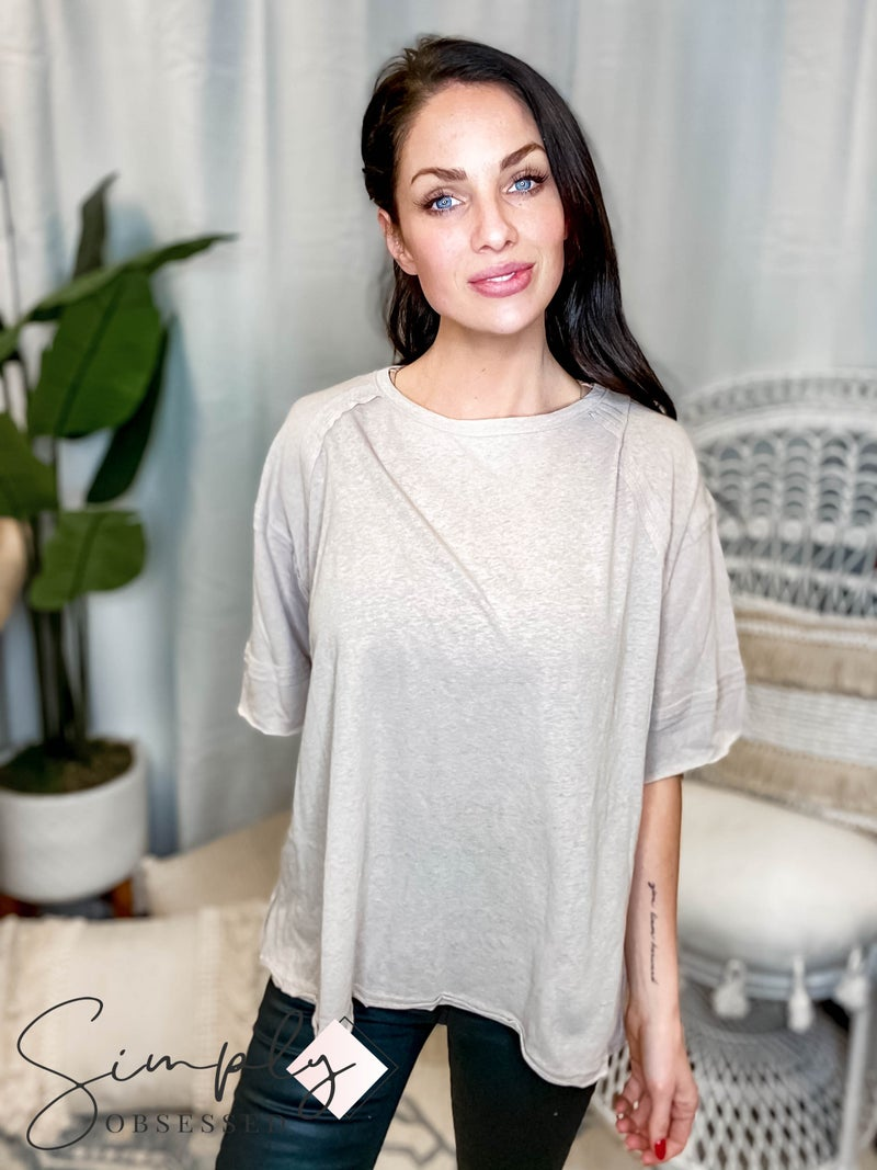 Easel - Round neck 3/4 sleeve top