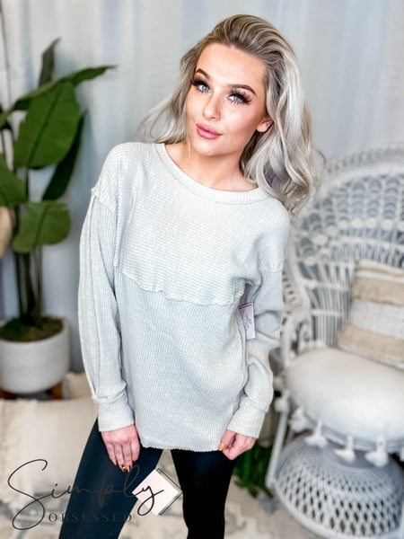 Easel - Sweet romance knit top