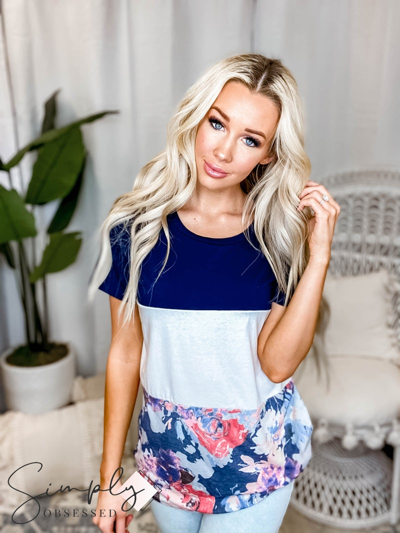 Vanilla Bay - Short sleeve knit top with floral print