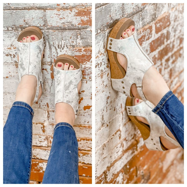 Corkys' Metallic Wedges *2 colors*