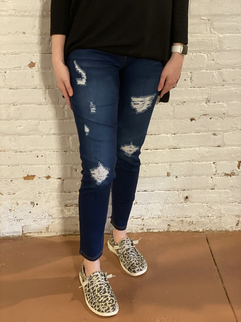 Classic Distressed Skinny Pull On Jeans