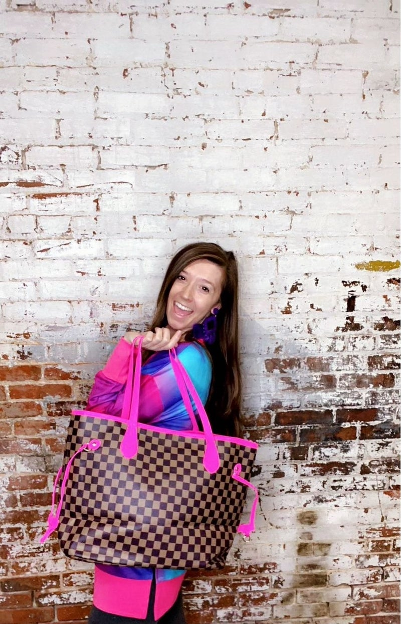 Checkered Totes with Hot Pink Trim!