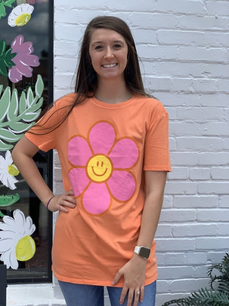Smiles For Days Tee