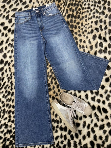 ON SALE! High Rise Wide Leg Jeans *Final Sale*
