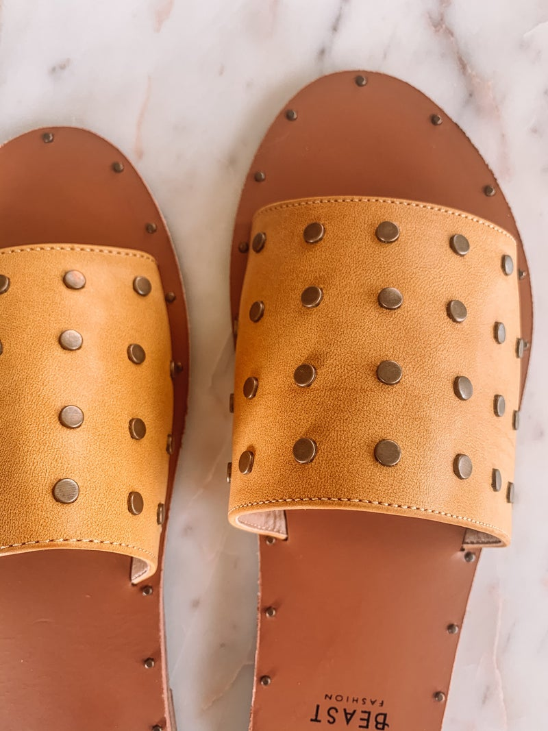 Hey Stud, Sandals