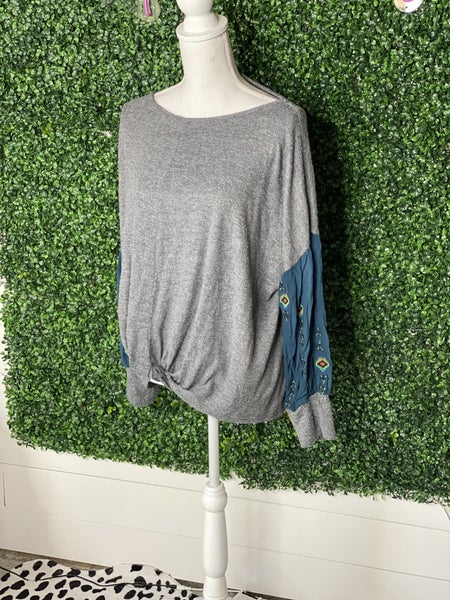 *CHRYSANTHEMUM Grey Tie Front Detail Top- L*