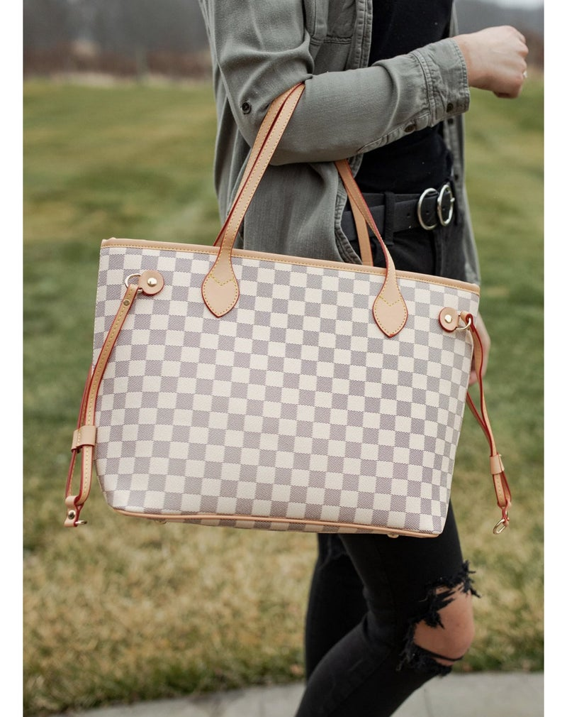 Woman of Influence Tote