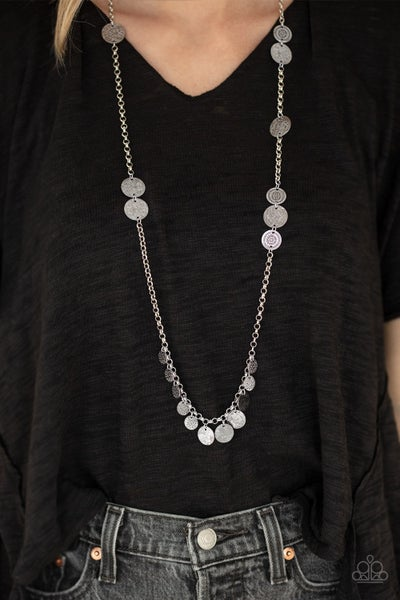 Trailblazing Trinket - Silver with Floral and Hammered discs Necklace & Earrings