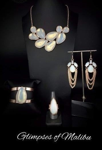 Glimpses of Malibu - Silver with Opal Complete Trend Blend Set - March 2020