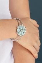 Garden Extravagance - Blue Bracelet