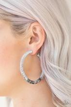 Miami Minimalist - Marbleized White Acrylic Earrings
