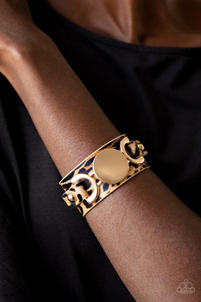Pre-Sale - Paparazzi Your Claws are showing – Cheetal Print with a Gold Disc Snap Bracelet