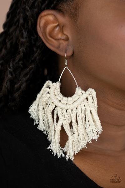 Wanna Piece Of MACRAME? - White Macrame Fringe Earring