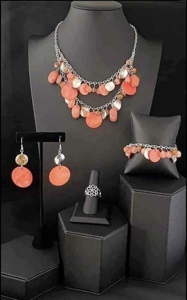 Glimpses of Malibu - Silver with Coral Complete Trend Blend - April 2021