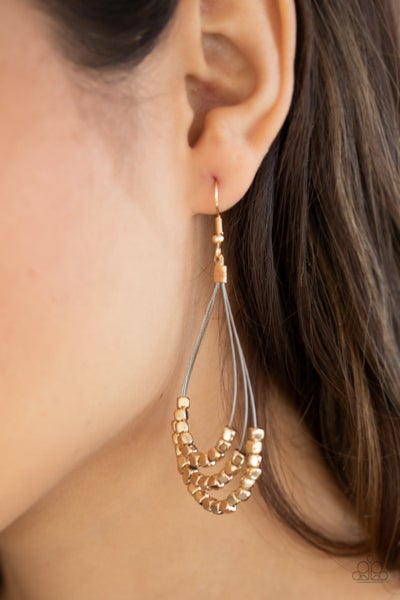 Off The Blocks Shimmer - Thin wire holding Gold cube Beads Earrings
