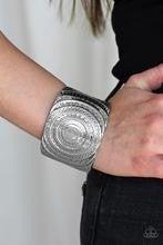 Bare Your SOL - Silver Bracelet
