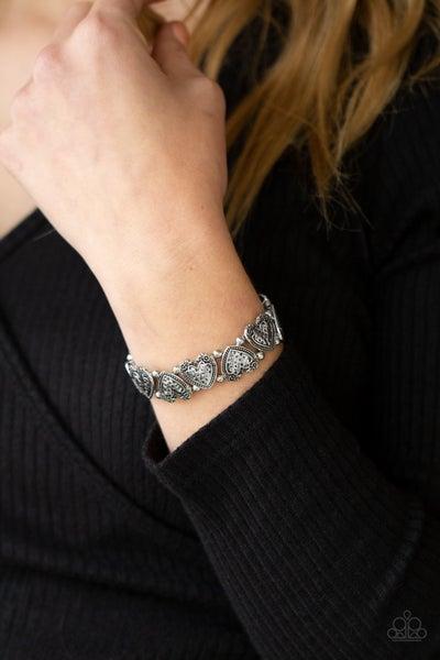 Pre-Sale Rustic Heartthrob - Silver hammered Heart Stretch Bracelet