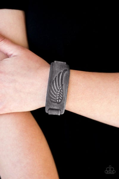 Backwoods Roamer - Silver Leather / Suede embossed with a Leaf - Snap Bracelet