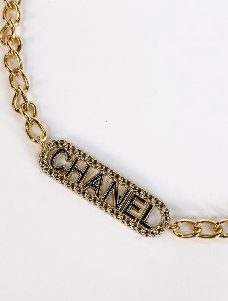 CHANEL COUTURE NECKLACE