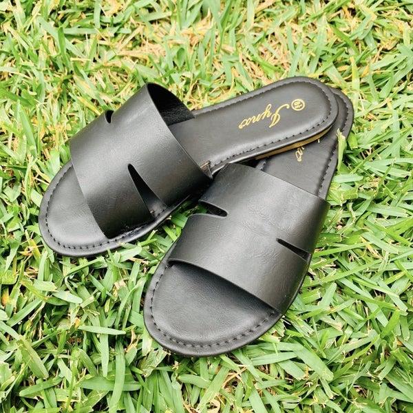 Black Sandals *Final Sale*