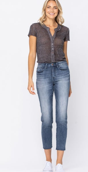 Judy Blue Relaxed Raw Hem Cropped Jean