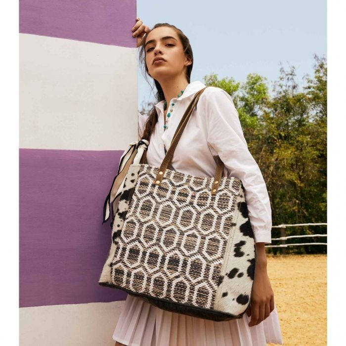 Hive Special Toet Bag