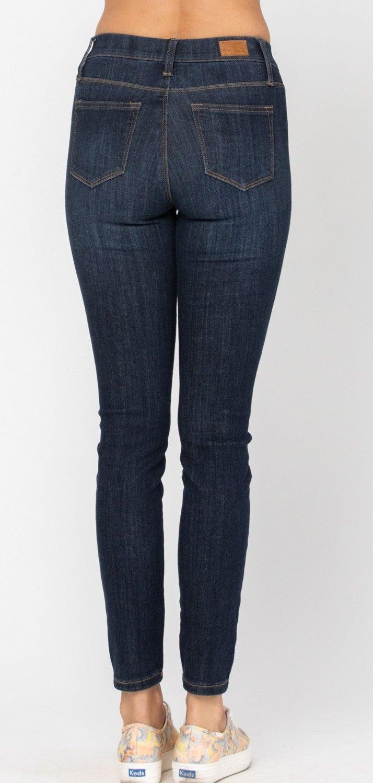 Curvy Judy Pull On Jeans