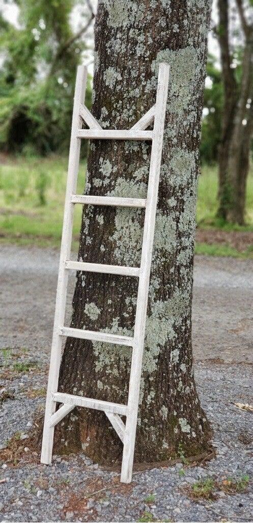 6' White Wooden Ladder
