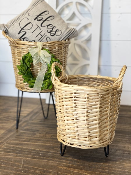 Wicker Basket Plant Stand