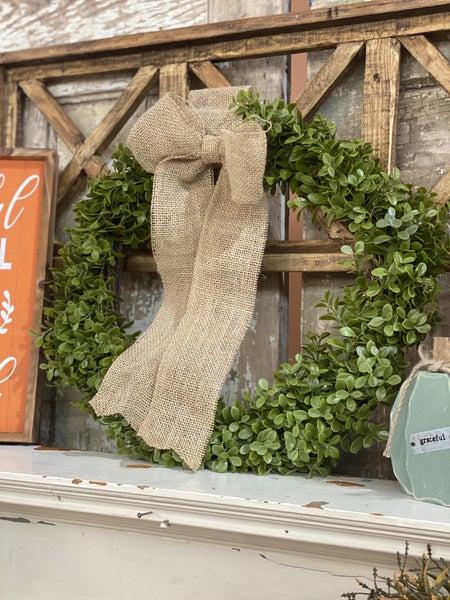 "18"" Boxwood Wreath w/Burlap Bow"