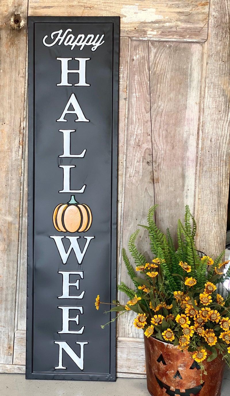 "Black Embossed ""Happy Halloween"" Sign"