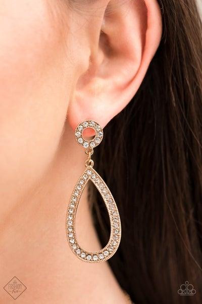 Regal Revival Gold Earring