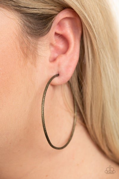 Rustic Roundabout Brass Earring