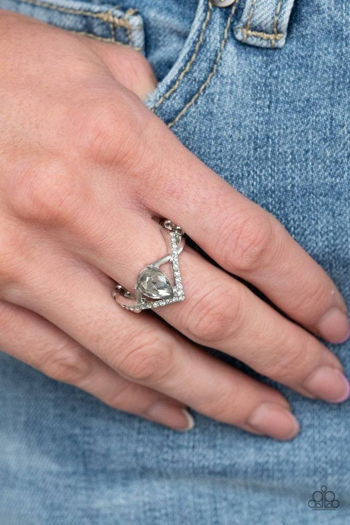 Remarkable Refinement Silver Ring - Sparkle with Suzanna