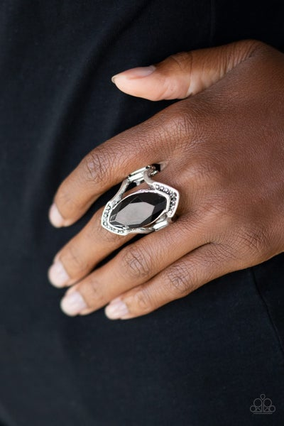 Leading Luster Black Ring