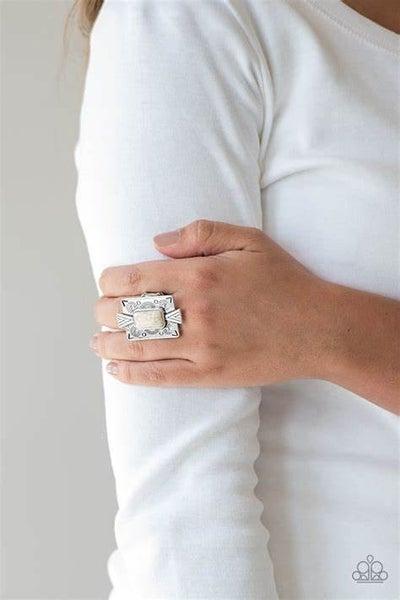 So Smithsonian White Ring