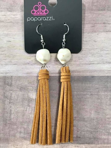 All-Natural Allure White Earring