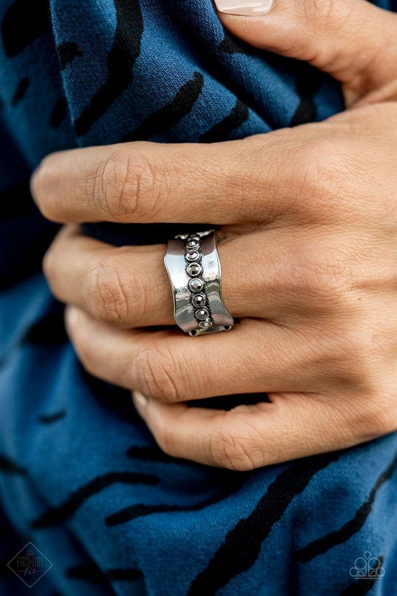 Scintillating Smolder Silver Ring - Fashion Fix