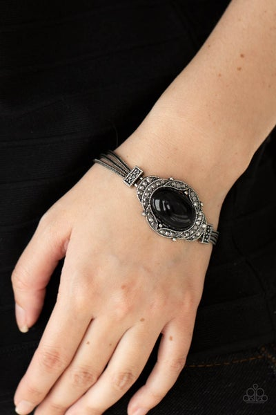 Top-Notch Drama Black Bracelet