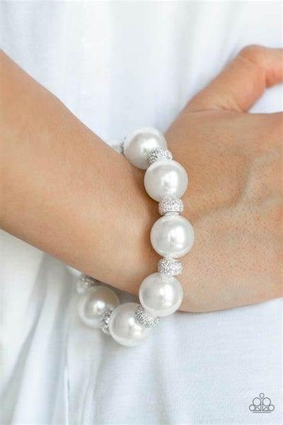 Extra Elegant White Bracelet