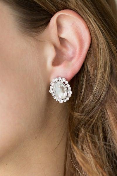 Hold Court Post Earring - White