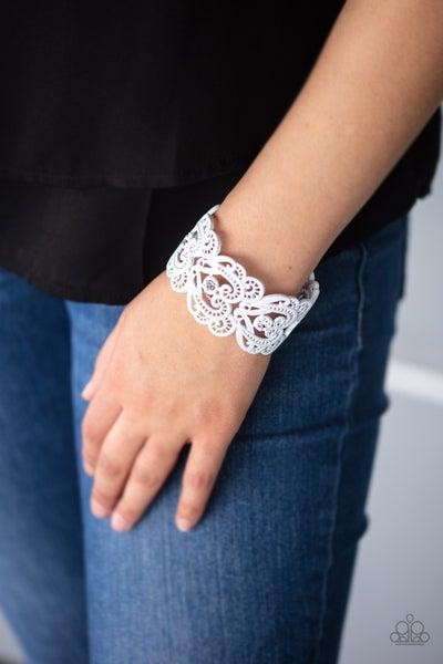 Vintage Romance White Bracelet