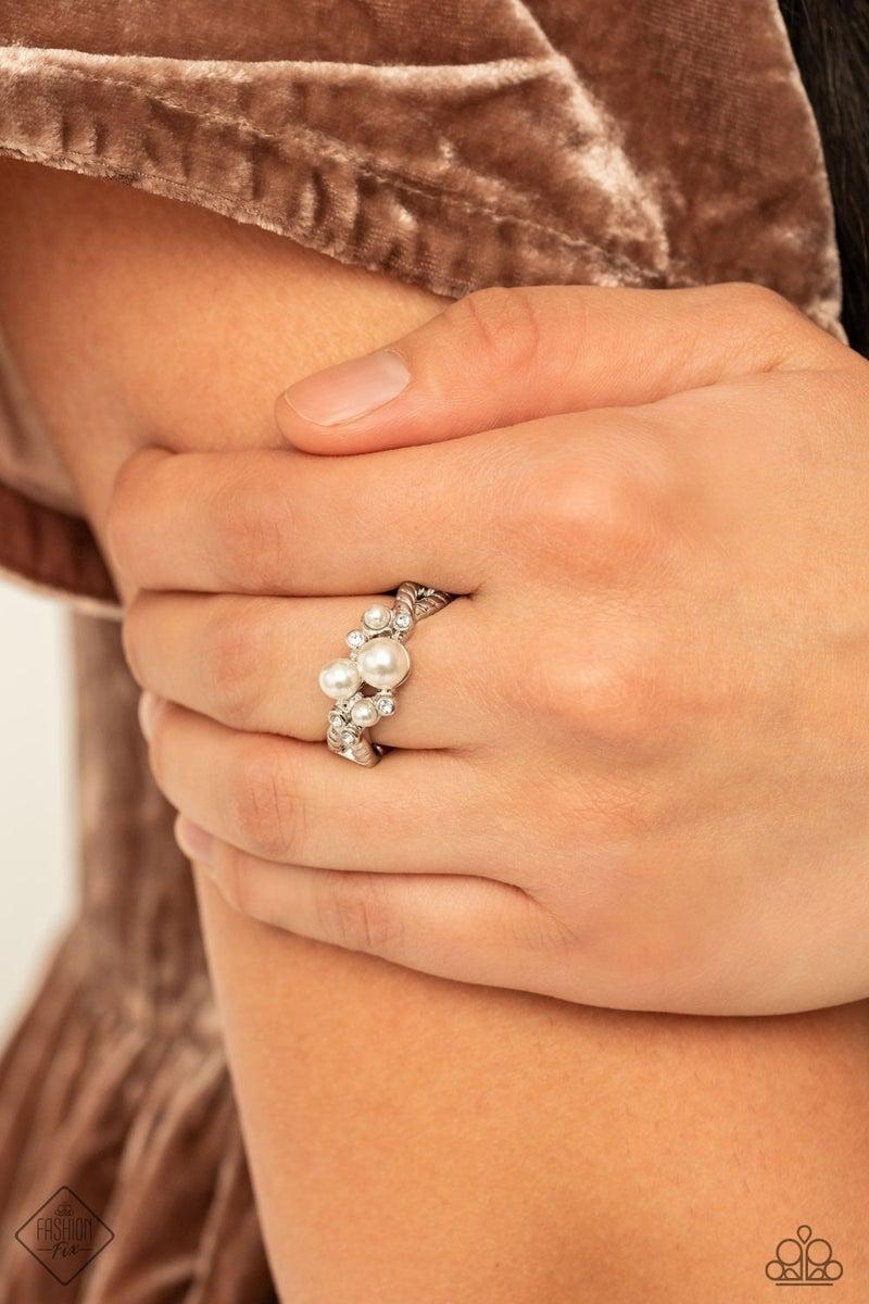 Avant-Vintage White Ring