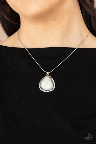 Canyon Oasis White Necklace