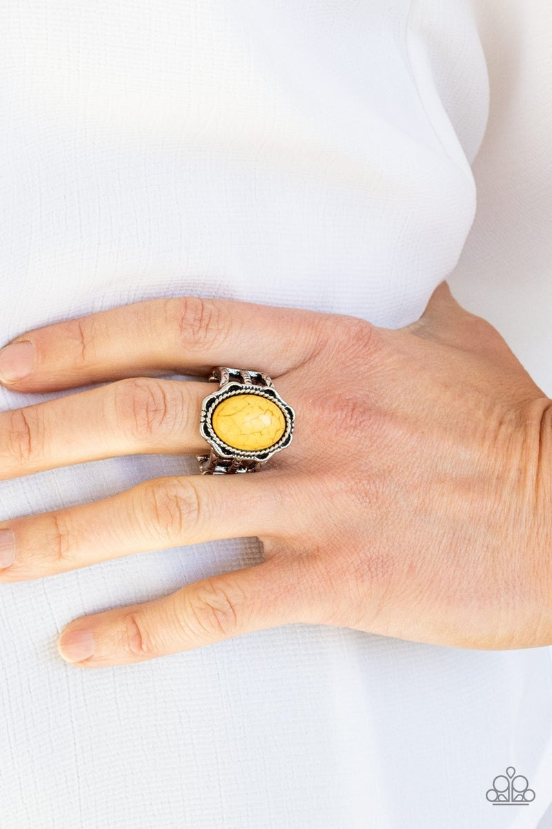 Flowering Dunes Yellow Ring - Sparkle with Suzanna