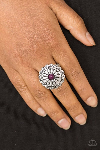 Darling Daisy Purple Ring
