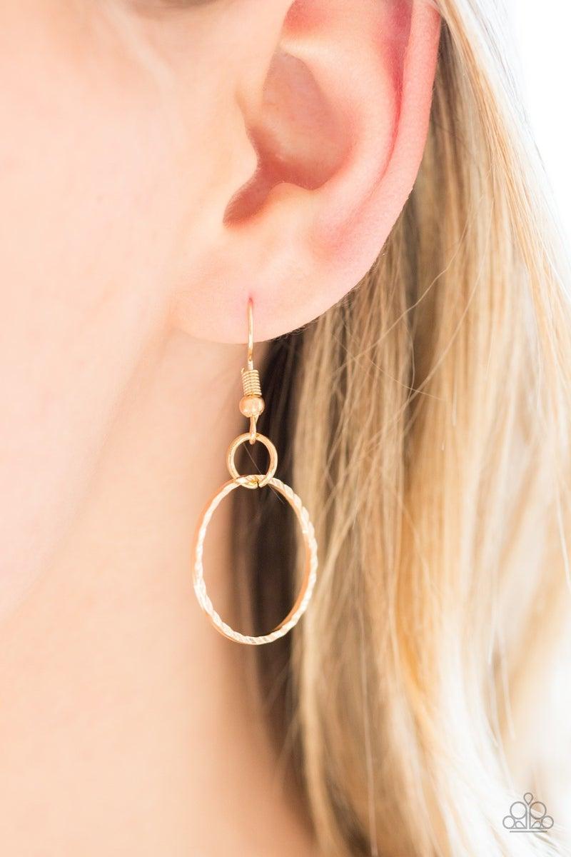 Circa de Couture Gold Necklace - Sparkle with Suzanna