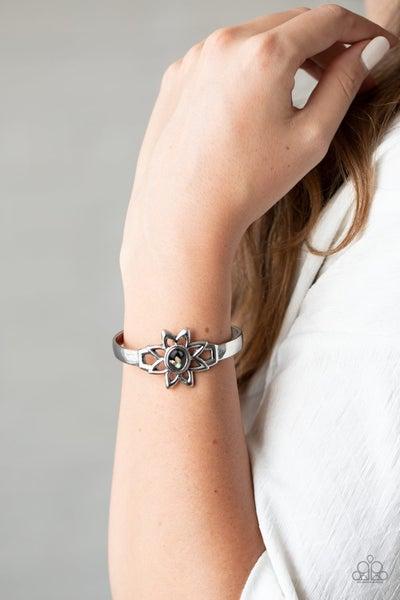 Sahara Garden Black Bracelet-Sparkle with Suzanna