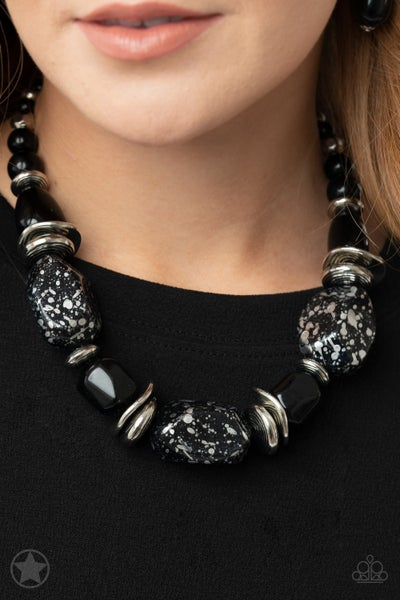 In Good Glazes Black Necklace